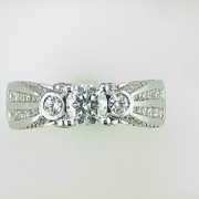 Karishma 18k white gold Diamond Wedding ring3