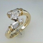Martin Flyer Diamond ring1
