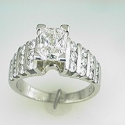 Radiant Cut 2ct in Platinum1